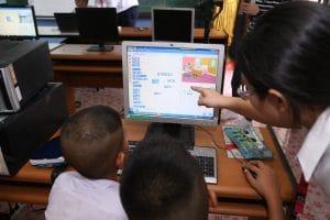 cdg group ผู้ริเริ่มโครงการ Code Their Dreams เพื่อให้ความรู้ด้านการเขียนโปรแกรมเบื้องต้น